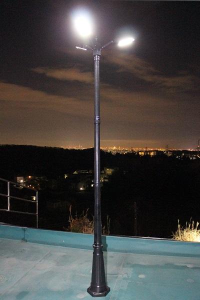 災害用ソーラー照明・外灯 sigen-l2t 夜間点灯時の様子